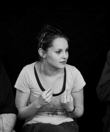 Deres Kornelia_Add ide a dramad felolvasoszinhaz_Puska Judit fotoja.jpg