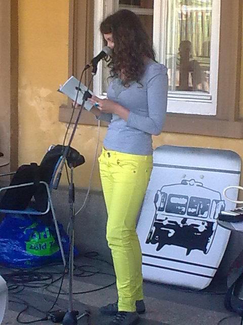 Sinbusz fesztival Szabadka_felolvasas_2012 oktober.jpg