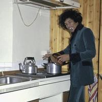 Így éldegélt Jimi Hendrix Ringo Starr lakásában