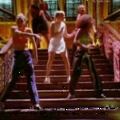 35 dal, ami szétvitte 1996-ot
