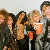 Amikor a rocksztárok elképesztően részegek a színpadon