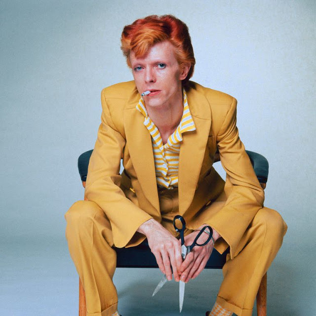 1970s-david-bowie-fashions-20.jpg