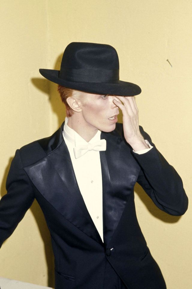 1970s-david-bowie-fashions-25.jpg
