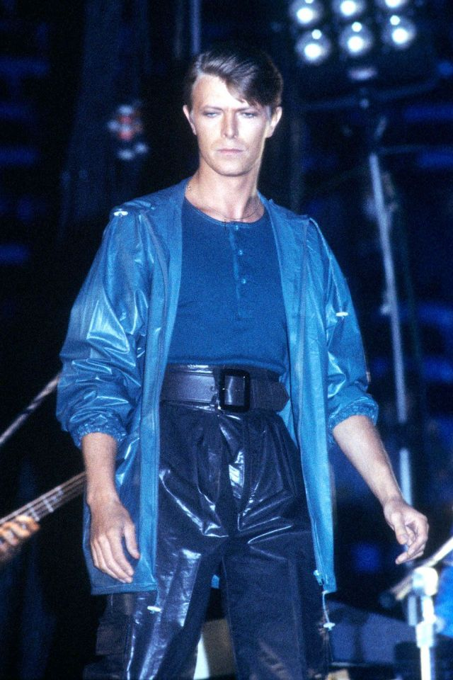 1970s-david-bowie-fashions-27.jpg