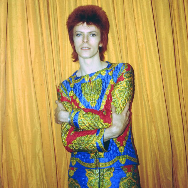 1970s-david-bowie-fashions-9.jpg