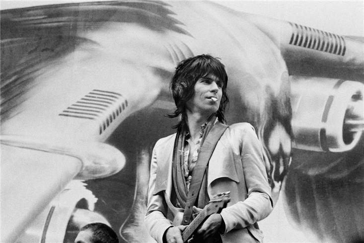 Rolling Stones-Keith Perf 1975-2.jpg