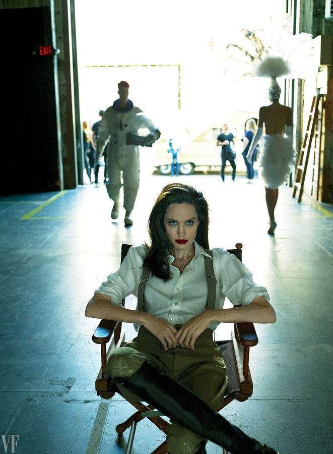 angelina-jolie-vf-0917-cover-ss05.png
