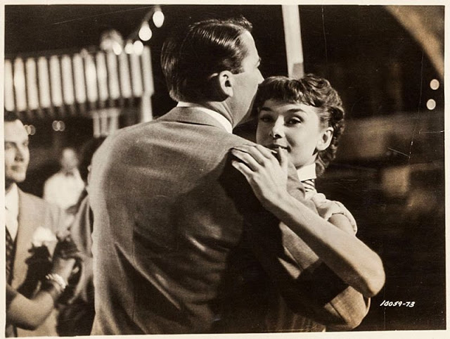 audrey_hepburn_in_roman_holiday_in_1953_50.jpg