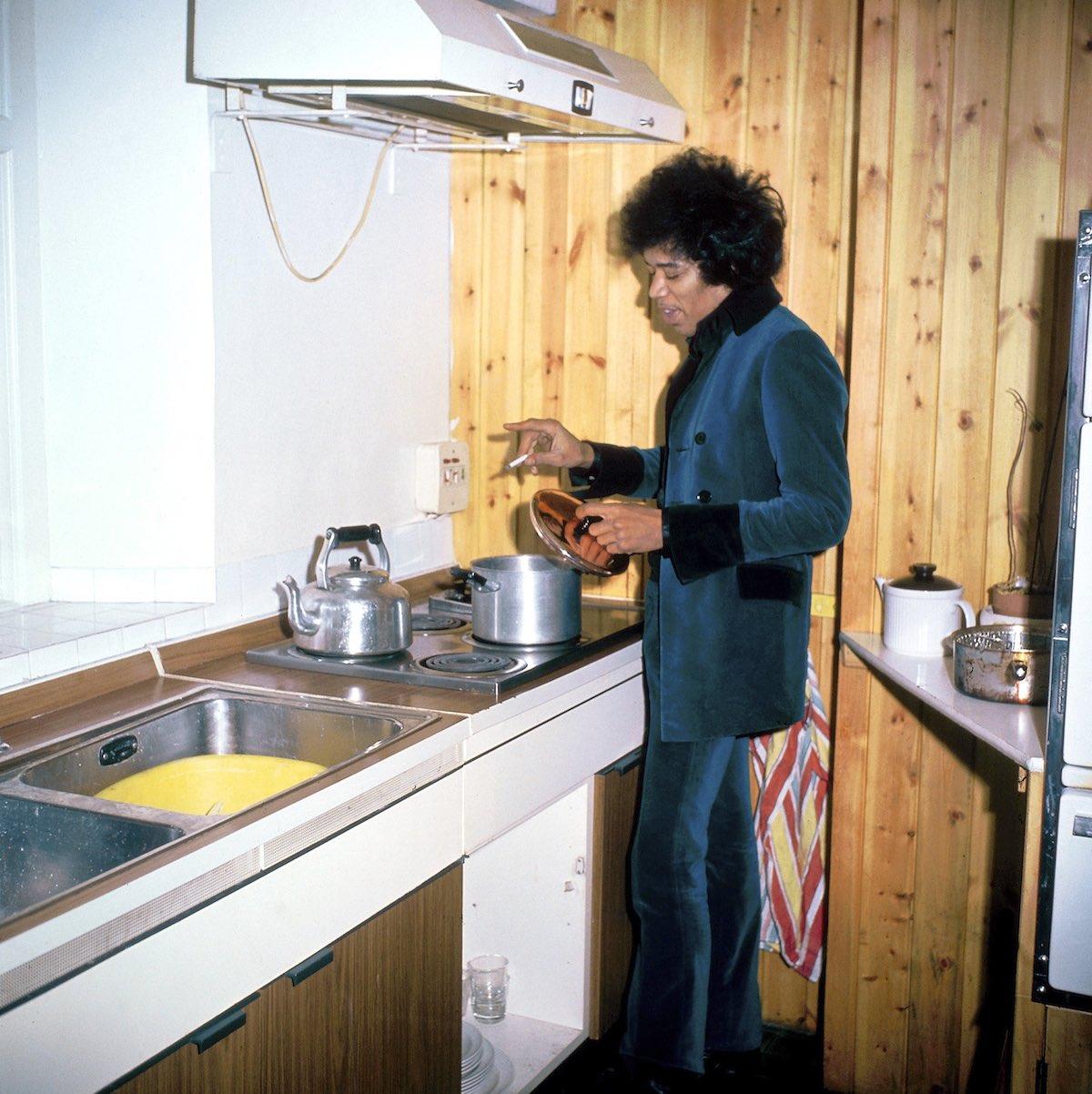 kitchen-true-1.jpg