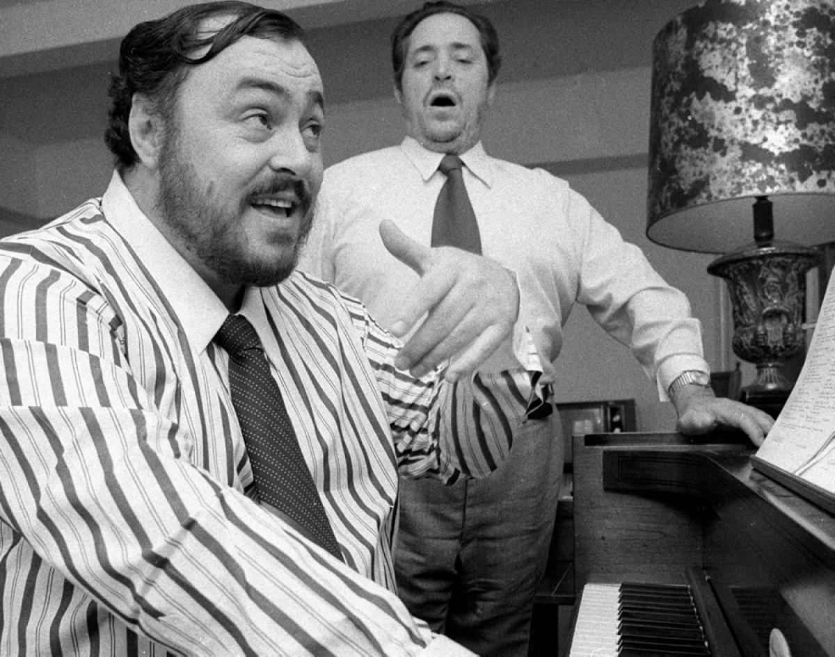 luciano-pavarotti-father-fernando-1976.jpg
