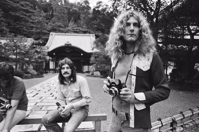 rock-stars-as-tourists-in-japan-1970s-80s-11.jpeg