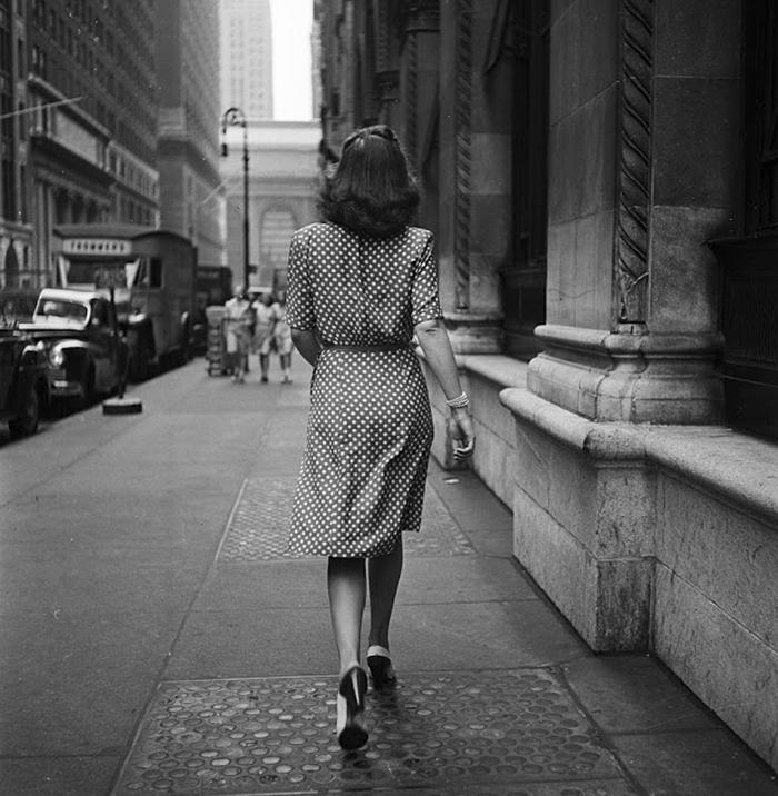 vintage-photographs-new-york-street-life-stanley-kubrick-15-59a91d091386d_700.jpg
