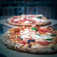 Nápolyi pizza egy pesti udvaron - Ezt próbáld ki!