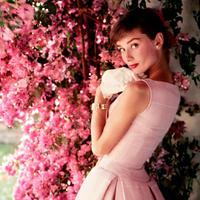 Különleges Audrey Hepburn kiállítás Londonban