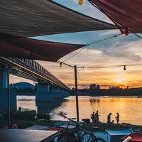 Kevés jobb dolog történhet Újpesttel a nyáron: itt a Kabin!
