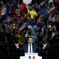 Emmanuel Macron, Marine Le Pen legnagyobb kihívója