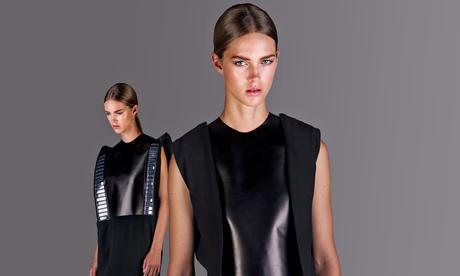 Wearable-Solar-Dress-by-P-011.jpg