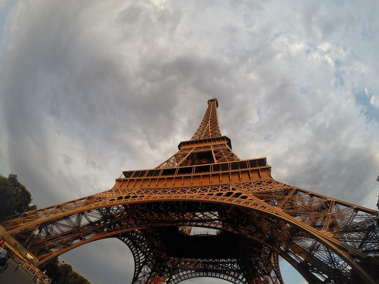tower-964640_1280.jpg