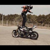 Őrült motorozás (videó)