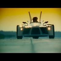 100 lóerős, Honda-motor hajtotta Trike a Marottitól - videó