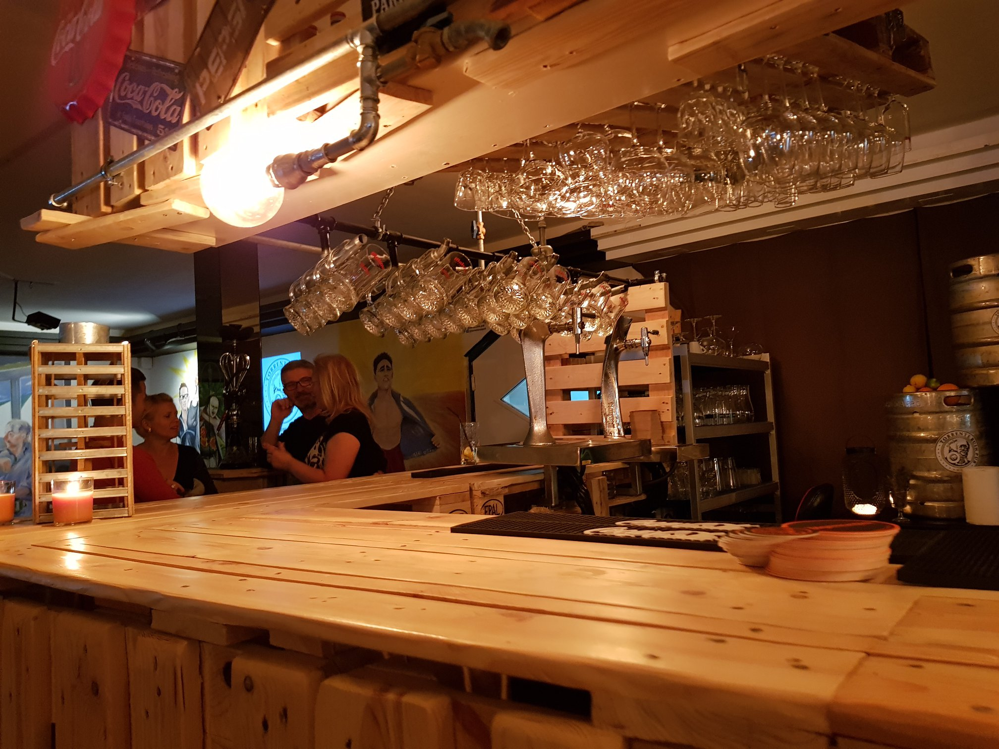 Torrente Ruin Pub bárpult