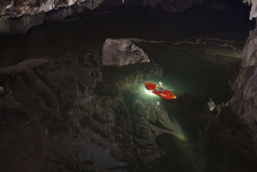 amazing-caves-1-2.jpg