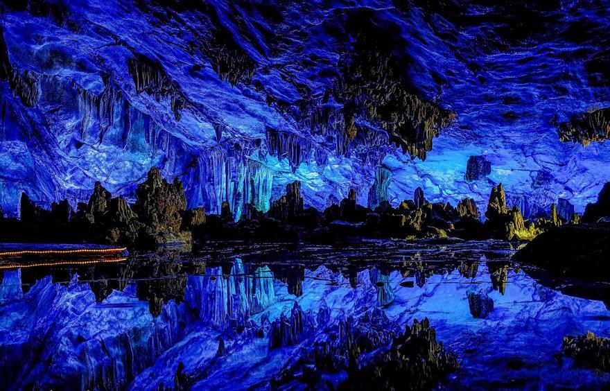 amazing-caves-15-2.jpg