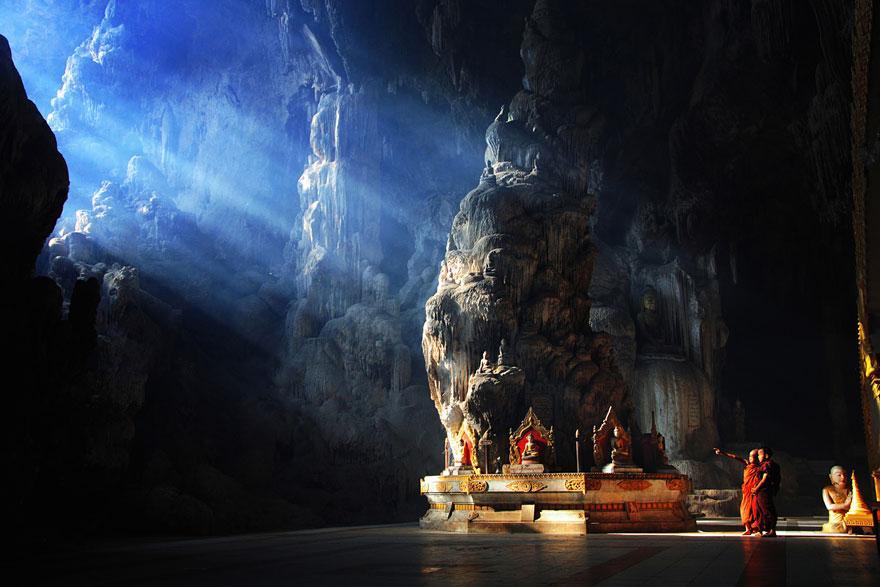 amazing-caves-7.jpg
