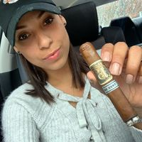 My Cigar Lady - Amy Tejada @blossomsmokess