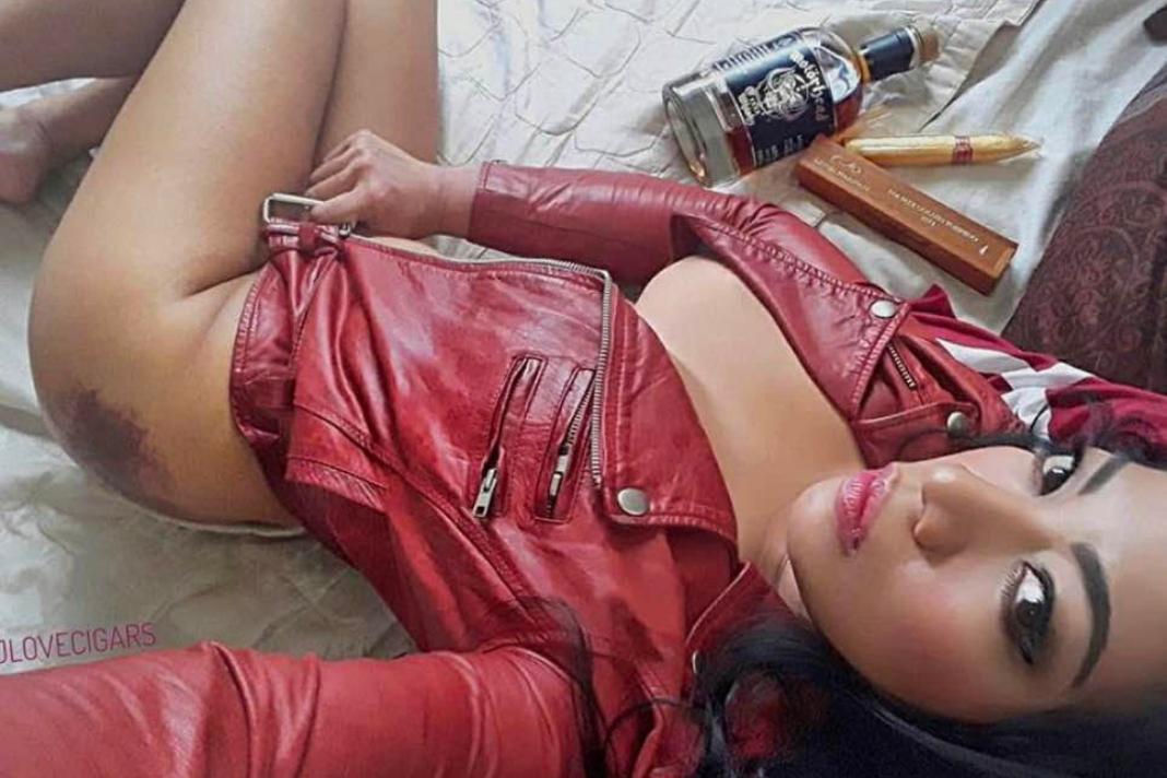 joana_gonzales_aka_jlovecigars_my_cigar_lady_1.png