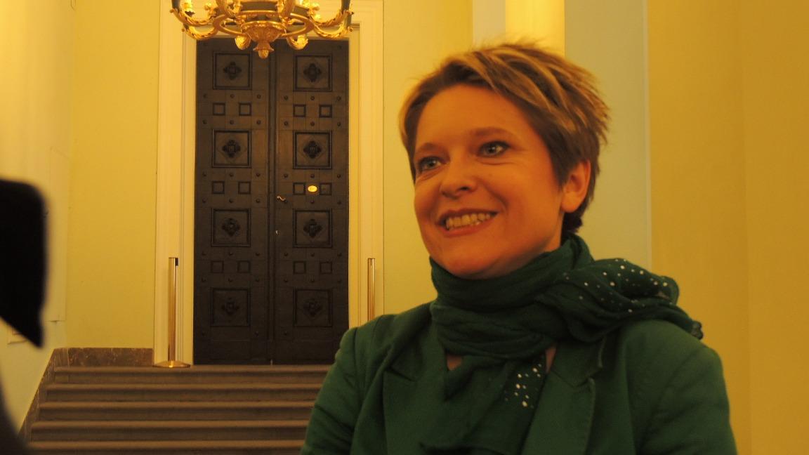 A műsorvzető: Korhecz Imola