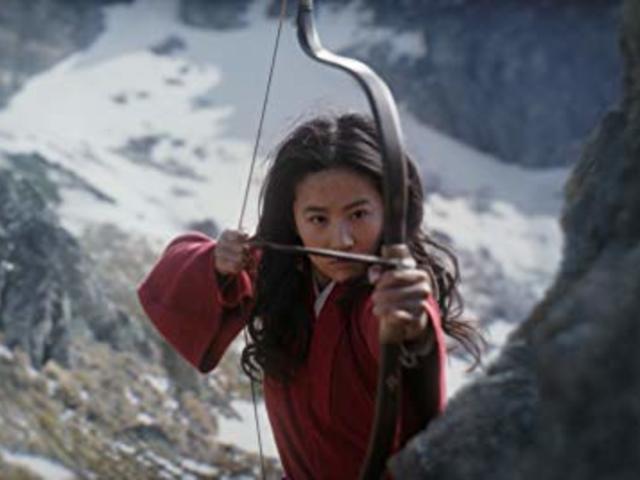 Csúszhat az élőszereplős Mulan!