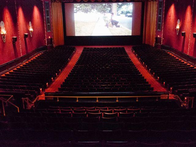 A New York-i mozi tulajdonosok júliusra tűznék a 75%-os kapacitást