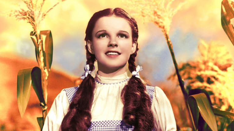 judy-garland-1922---1969-as-dorothy-gale-in-the-wizard-of-oz-1939-photo-by-silver-screen-collection_hulton-archive_getty-images.jpg