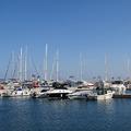 Limassol Marina - luxusjachtok és gyorséttermek