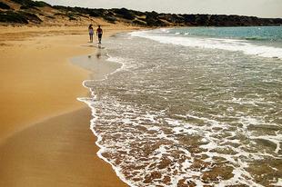 Ciprus strandjai - Lara Bay
