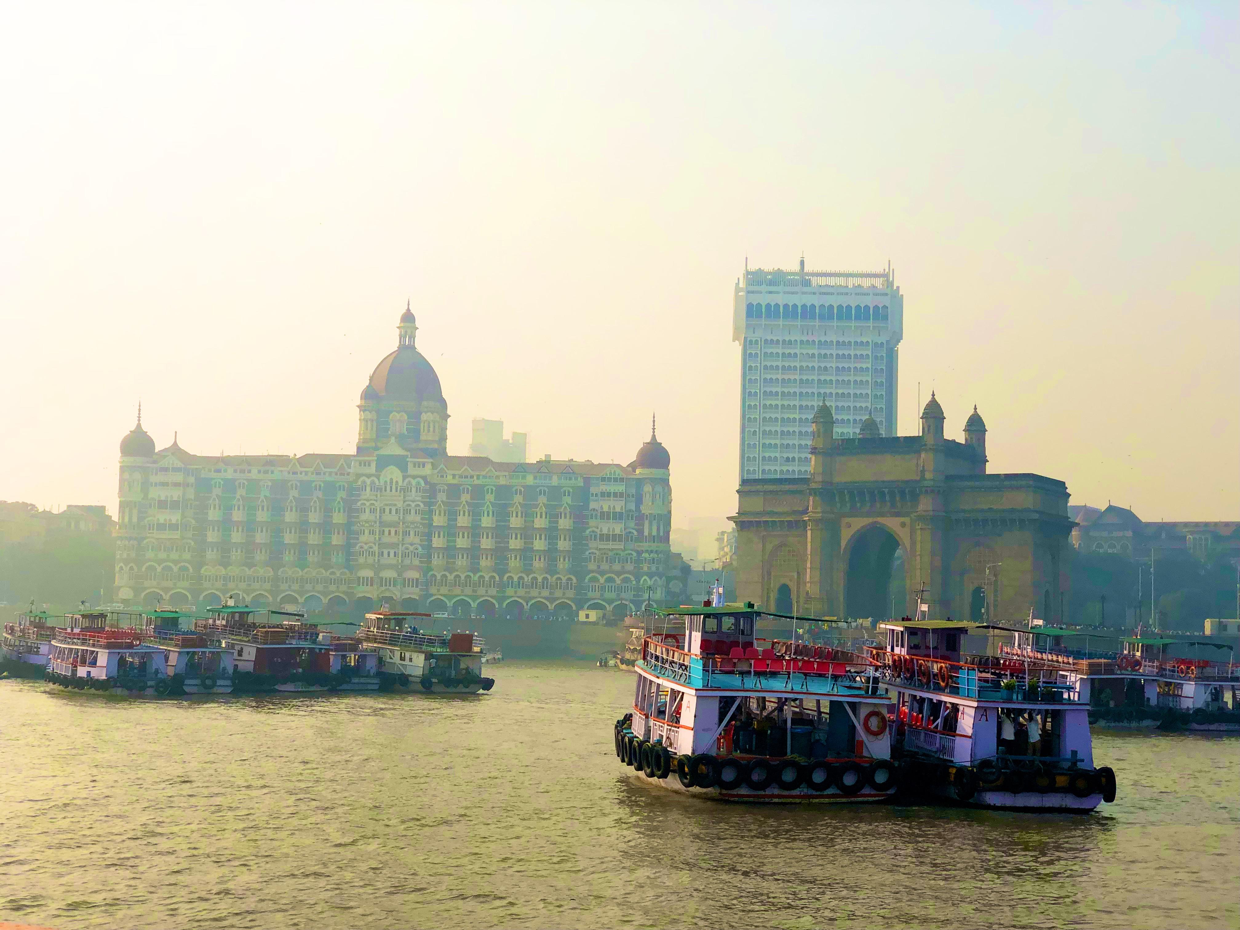 Visszafelé közeledve jó kis látkép a Taj Mahal Hotellel