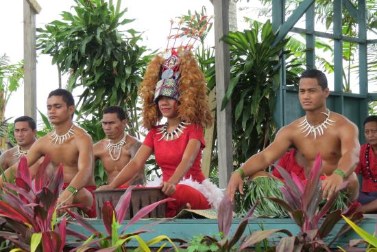 samoa-cultural-village.jpg