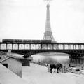 Ezen a párizsi fotón minden nagyon új