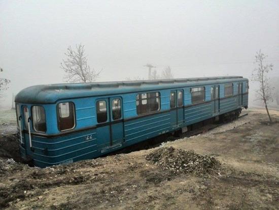 budapest_csakbereny_metro1.jpg