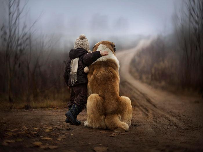 cute-big-dogs-and-babies-20.jpg