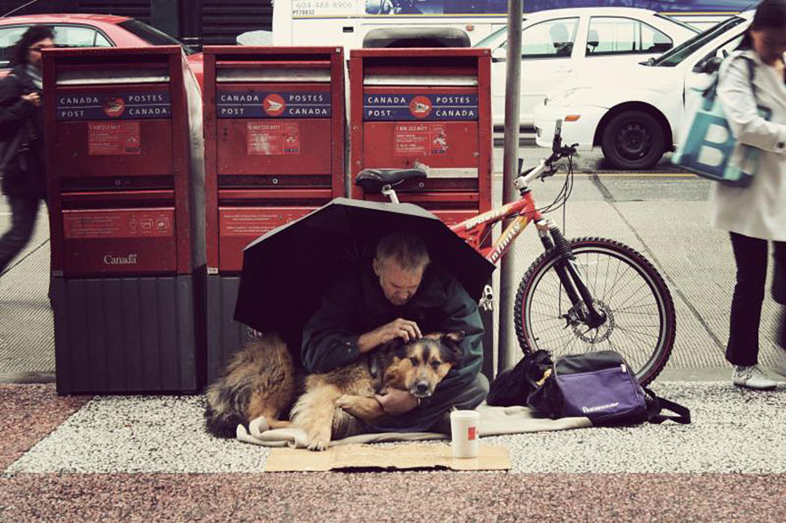 homeless-dogs-and-owners-27.jpg