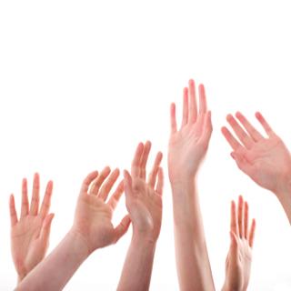 Szavazas-kezek.jpg