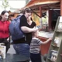 Ment-e a könyvek által a világ elébb?