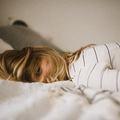Stresszes vagy és kimerült? Ezt a 3 dolgot építsd be a mindennapjaidba.