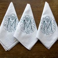 Zsebkendő. Papír vagy textil?