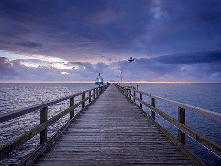 sea-bridge-1748166_340.jpg
