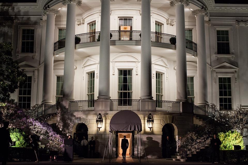 the-white-house-103927_960_720.jpg