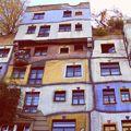 #vienna#hundertwasserhaus#travel#trip#highleveljourney#architecture#colorful#arteverywhere#mik