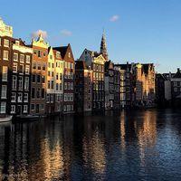 #iamsterdam#hollandia#canals#cutehouses#sunset
